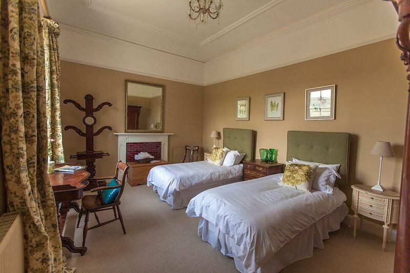 Monsal bedroom - Darley House